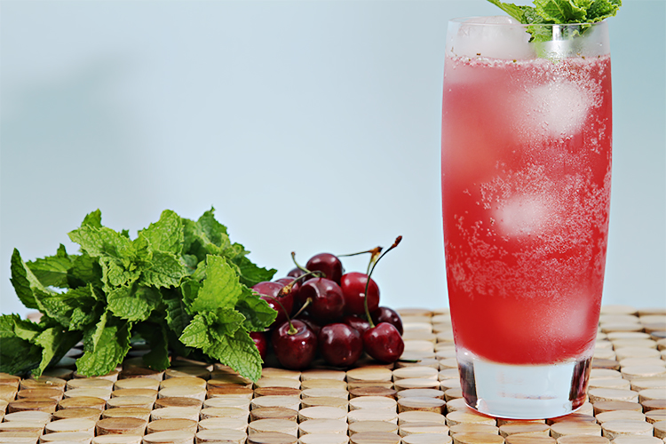 Bing Cherry Mojitos Kokteyl