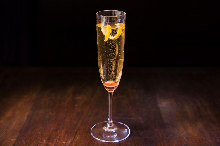 Champagne kokteyl